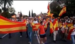 Españoles exigieron dimisión de Presidente Pedro Sánchez por su manejo de la pandemia
