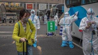 Asesor de Donald Trump denuncia a China por propagar coronavirus