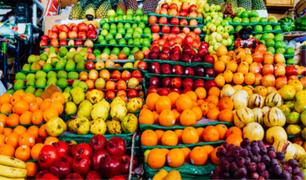 ¿Las frutas pueden ser un puente transmisor para el COVID-19?