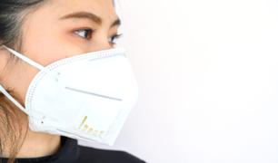 Mascarillas y respiradores con válvulas no protegen ni impiden que se expulse el virus