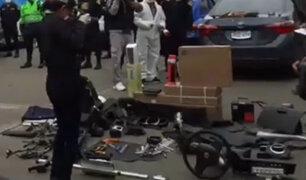 La Victoria: Detienen a 3 sujetos que desmantelaban vehículos