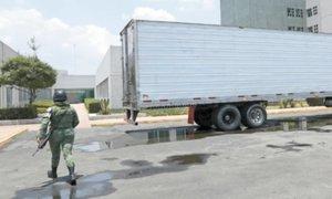 México usará tráileres frigoríficos para almacenar muertos por coronavirus