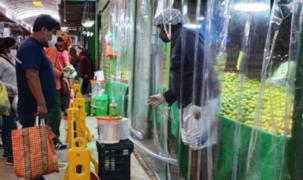 Publican norma que dispone colocar barreras de seguridad en puestos de mercados