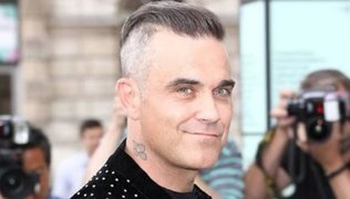 Robbie Williams ofrece concierto virtual junto a su antiguo grupo durante el aislamiento social