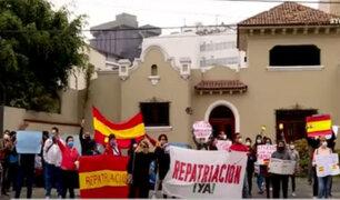 Españoles varados en Perú viven una odisea ante desatención de sus autoridades