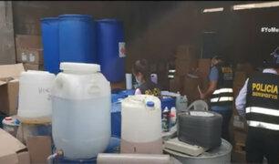 Incautan productos de limpieza y alcohol medicinal fabricados clandestinamente