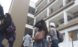Ola de críticas: universidades denegadas tendrán hasta cinco años para cesar actividades