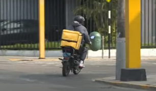 Miraflores regula estacionamiento de motos y bicicletas dedicadas al delivery