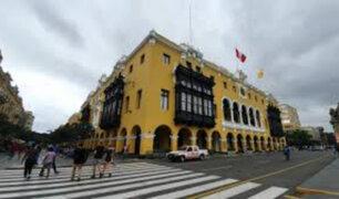 Fiscalía investiga presuntas irregularidades en compra de mascarillas y guantes para MML