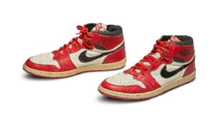 Fanático pagó 560 mil dólares por zapatillas de Michael Jordan