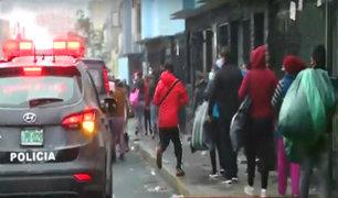 Ambulantes sin rumbo fijo: invaden calles de av. Grau y no respetan a la autoridad