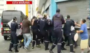 La Victoria: Violento desalojo de ambulantes en avenida Grau