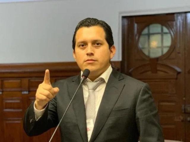 José Luna: Piden que congresista sea investigado y sancionado por Comisión de Ética