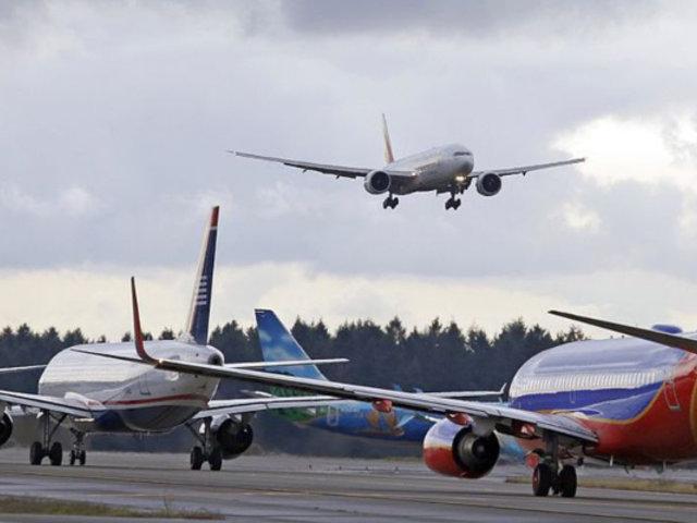 Italia anuncia reapertura de sus aeropuertos el 3 de junio