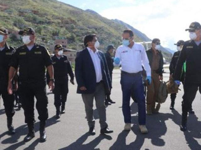 Ministro Rodríguez viaja a Pasco para articular acciones contra Covid-19
