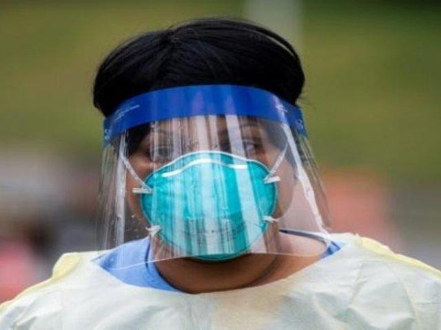 Desde hoy protectores faciales son obligatorios en transporte público