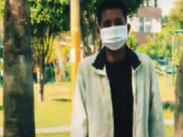 Joven acusado de sacar a su abuelita de su casa hace su descargo tras la denuncia