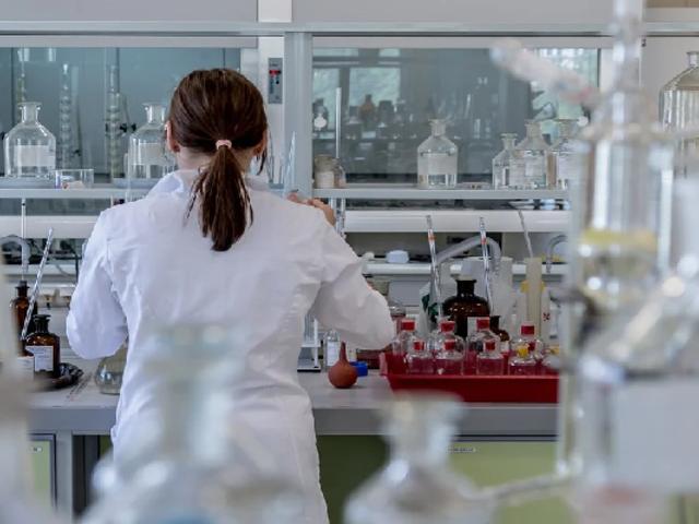 INS responde por denuncias de clínicas que cobraron pruebas COVID-19