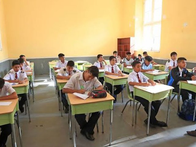 Inició el proceso de asignación de vacantes para los estudiantes que se trasladaron a colegios estatales
