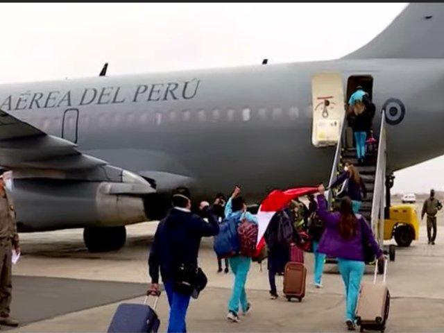 Profesionales de la salud fueron enviados a Talara e Iquitos para luchar contra la COVID-19