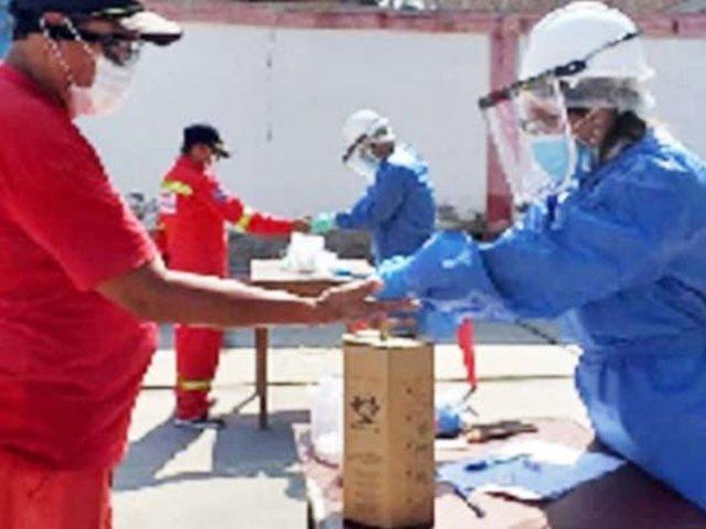 Chimbote: bomberos y policías son sometidos a pruebas rápidas de COVID-19