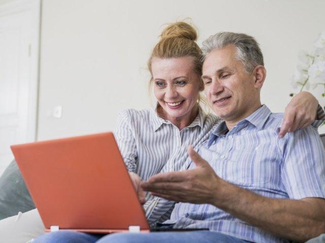Ciudadanos entre los 55 a 65 años son las personas que más se educan online durante la cuarentena