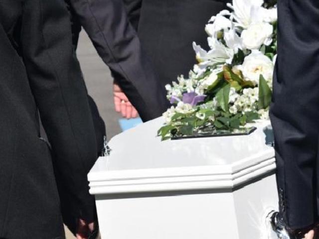 Familia denuncia que hospital Angamos de EsSalud le entregó cadáver equivocado