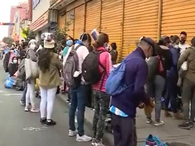 Avenida Grau: informales de Gamarra persisten en vender en calles