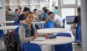 Otorgarán 10 mil becas a estudiantes de universidades e institutos afectados por emergencia