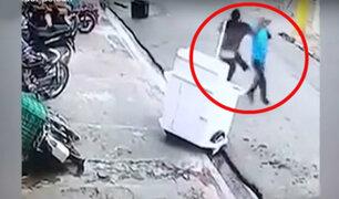 Por una motocicleta: Pelea entre ambulante y repartidor deja un herido