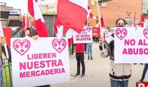 Plaza San Miguel: Locatarios denuncian que no pueden retirar sus mercaderías