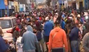 La Victoria: ambulantes se aglomeran para vender su productos en Jr. Raimondi