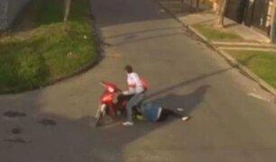 Argentina: ladrón arrastró varios metros a mujer que se le enganchó el cabello en moto