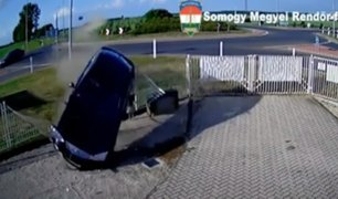 Hungría: exceso de velocidad provocó que chofer se despistara y saliera volando de carretera
