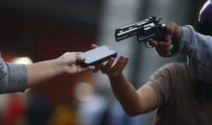 Celular registró rostros de ladrones que asaltaron a universitario en clase vía 'Zoom'