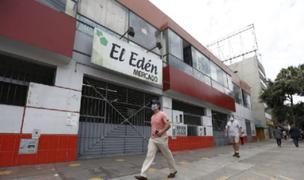 Surco: clausuran puestos del Mercado El Edén por vender productos no autorizados