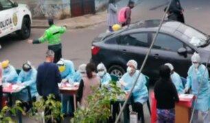 Cercado: vecinos de Cárcamo pasan pruebas de COVID-19