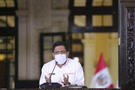Vicente Zeballos invita al Congreso a aprobar normas con actitud reflexiva