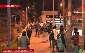 Por segundo día consecutivo: Largas colas en estación Javier Prado del Metropolitano