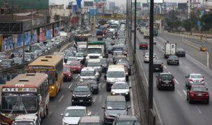 Empresas de transporte público dejarían de trabajar desde el martes por falta de subsidios