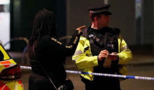 Ataque con cuchillo deja tres muertos y dos heridos graves en Reino Unido