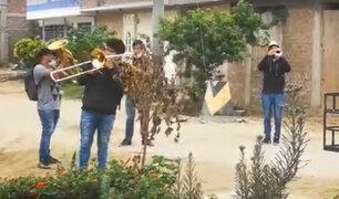 Chimbote: músicos callejeros 'Pandemia band' armaron fiesta en las calles