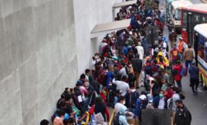 Mar de ambulantes toma calles del Cercado de Lima pese a reapertura de conglomerados