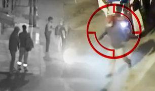 Villa El Salvador: cámaras de seguridad registra violento asalto a pareja de jóvenes