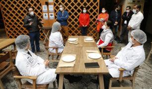 Restaurantes: Gobierno y sector privado trabajan protocolo para atención al público