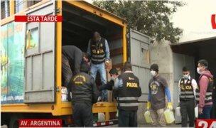 Cercado de Lima: Intervienen laboratorio clandestino de alcohol y productos de limpieza