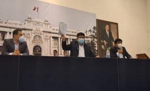 Presentan moción para interpelar a ministros de Economía, Salud, y Midis