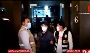 Nueva modalidad: Sujeto vendía droga lanzándola desde piso ocho