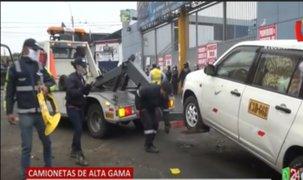 La Victoria: Se llevan al depósito  'camionetas ambulantes' que invadían calles