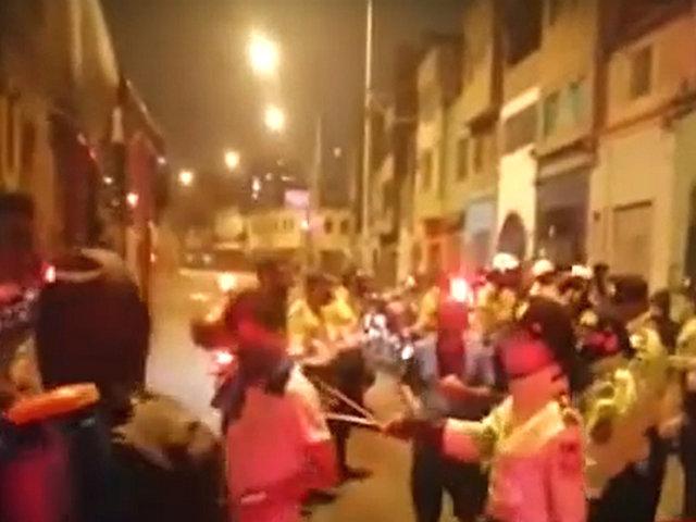 La Victoria: decenas de personas celebraban bebiendo licor en cevichería